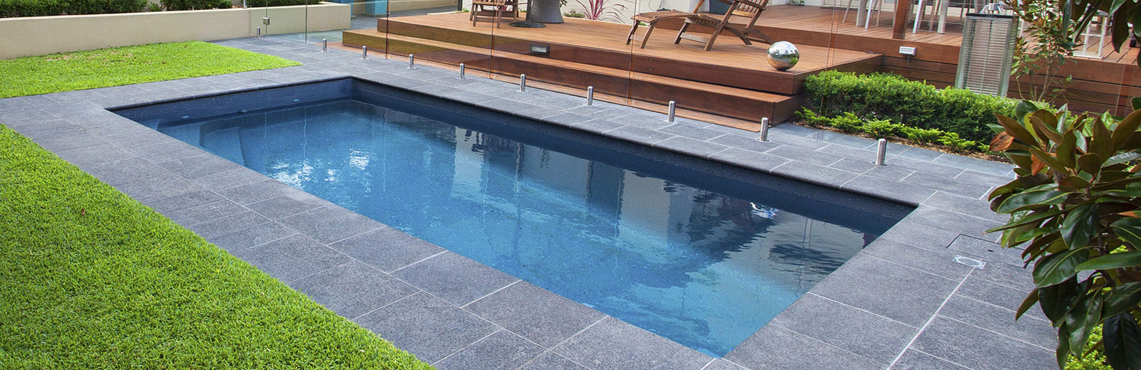 Fibreglass swimming pools nz aqua technics auckland for Above ground swimming pools nz