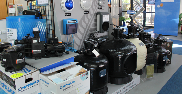 If it's time for a new pool filter or pool pump Aqua Technics can help. We stock a range of quality, high performance filters and pumps from well known brands such as Filtermaster, Zodiac and Hayward.