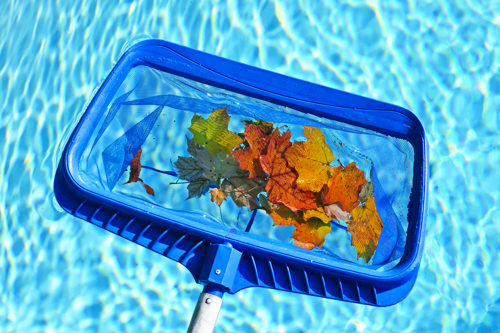 If you require swimming pool cleaning to keep your swimming pool water sparkling and your pool in fantastic condition, Aqua Technics can help.