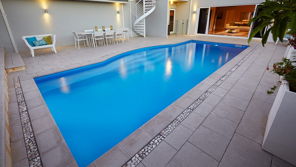 Concrete Pool designed and built by Horizon Pools in Melbourne