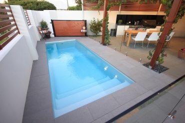 Paradiso – 5.5m x 2.15m  (11,400 litres)
